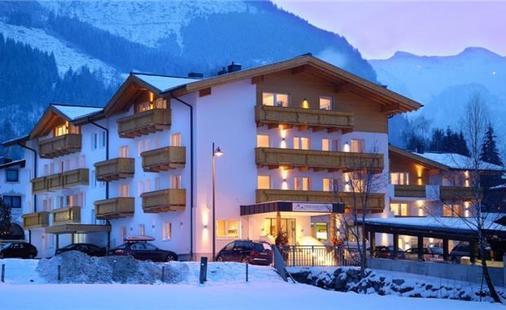 Vier Jahreszeiten Hotel