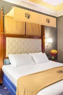 Manfredi Suite Hotel
