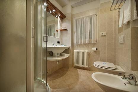 Larice Bianco Hotel