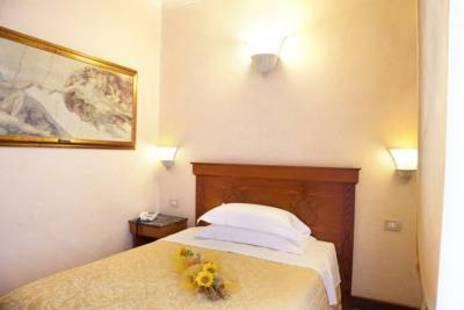 Porta Faenza Hotel