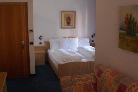 Salvan Hotel