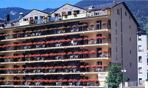 Pere D'Urg Hotel