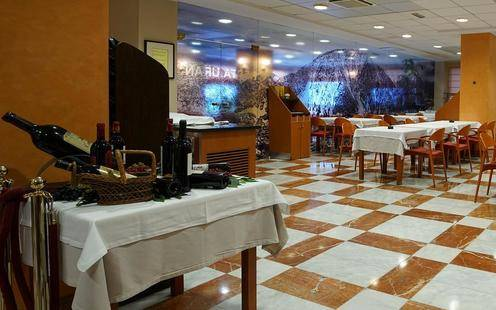 Zenit Diplomatic (Ex.Diplomatic Hotel)