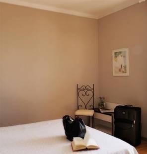 Enrico Hotel