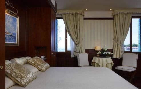 Bucintoro Hotel