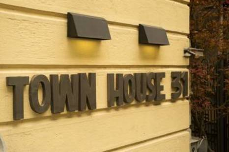 Town House 31