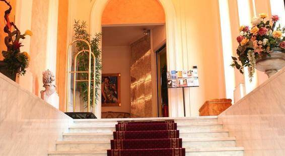 La Fortezza Hotel