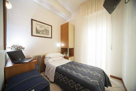 Jana Hotel