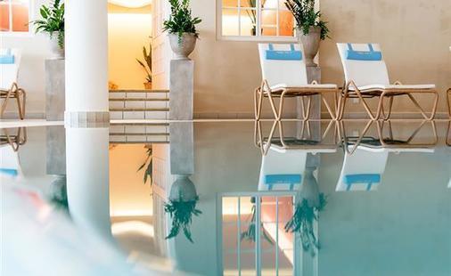 Austria & Bellevue Hotel