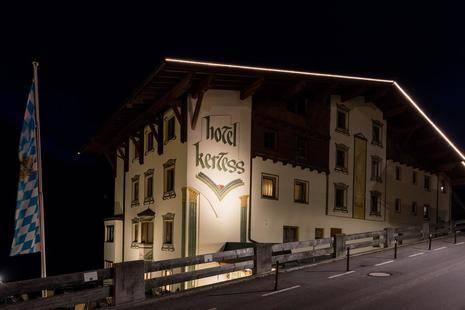 Kertess Hotel