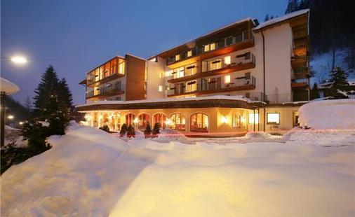 Der Waldhof Hotel