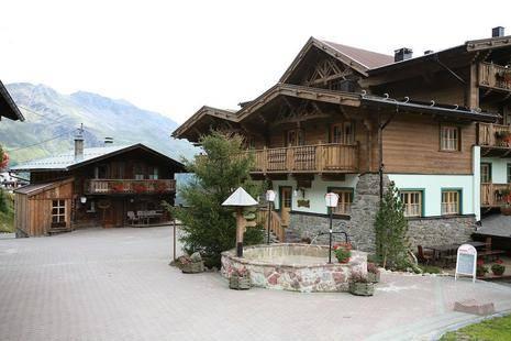 Alm Ferienclub Silbertal Hotel