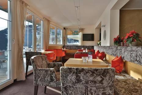 Castel Hotel