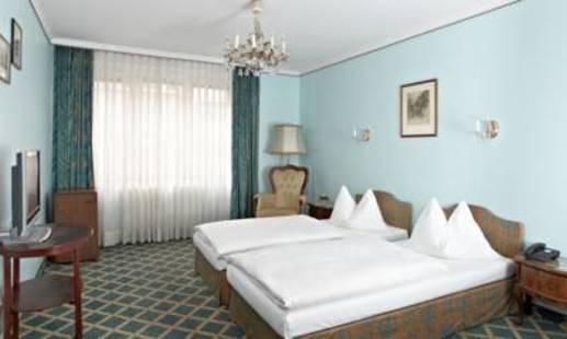 Garni Savoy (Ex.Savoy Hotel)