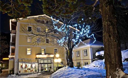 Helenenburg Hotel