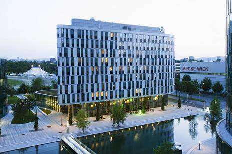 Courtyard By Marriott Vienna Messe Hotel