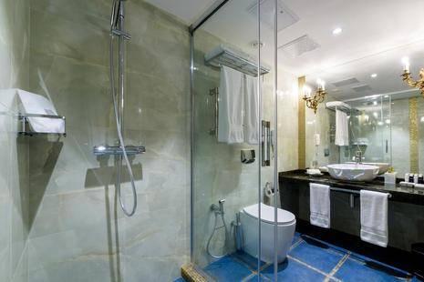 Luciano Hotel