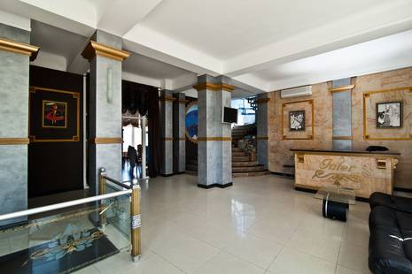 Отель Интер