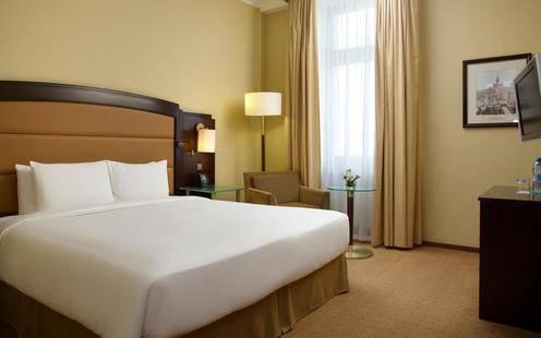 Hilton Moscow Leningradskaya (Хилтон Москва Ленинградская)