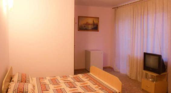 Лоза Отель