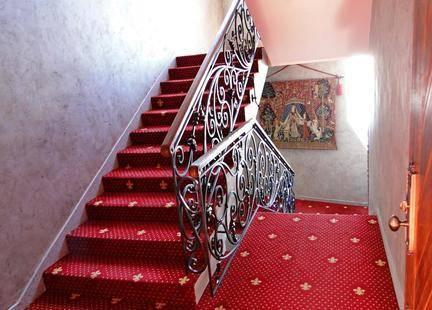 Замок-Отель Нессельбек