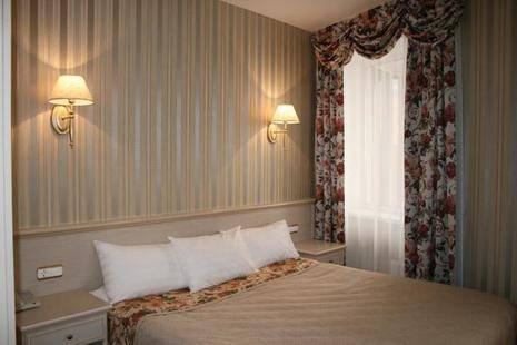 Ост-Вест Сити Отель