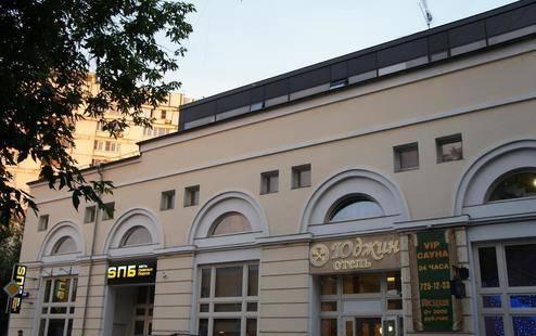 Отель Юджин