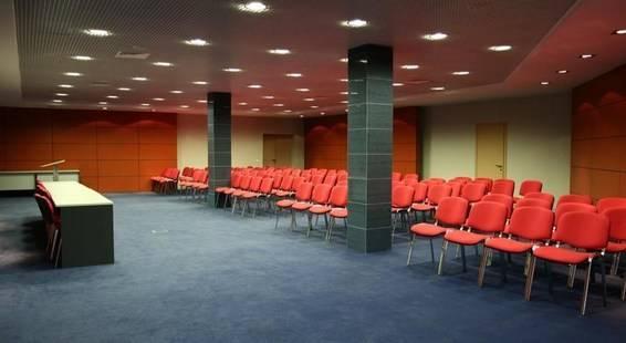 Топос Конгресс-Отель (Ex. Вертол Отель)