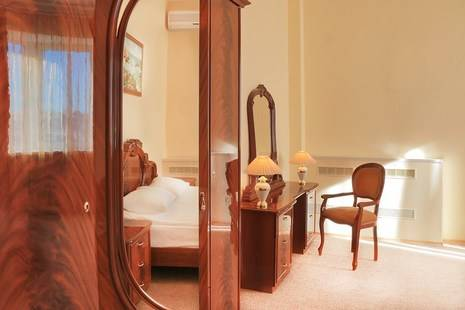 Маринс Парк Отель