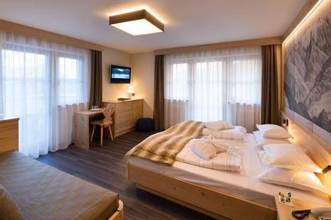 Somont Hotel