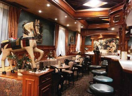 Martini Hotel