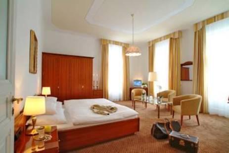Weismayr Hotel