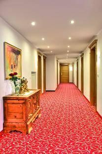Urezza Hotel