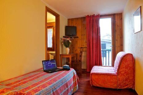 Dolonne Hotel
