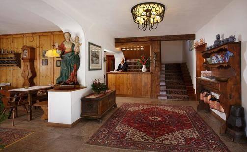 Menardi Hotel