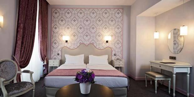 Saint Petersbourg Hotel
