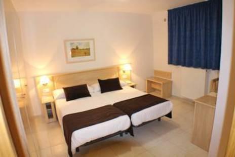 Cubil Hotel