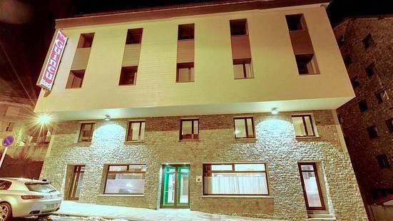 Guineu Hotel