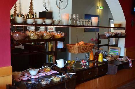 Dahoam By Sarina Hotel & Suites (Ex. Bernhofer)