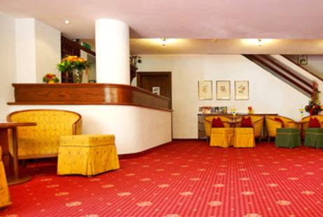 Montjola Hotel