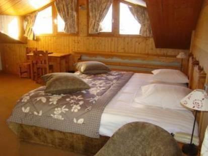 Les Ducs De Savoie Hotel