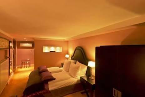 Stein Hotel