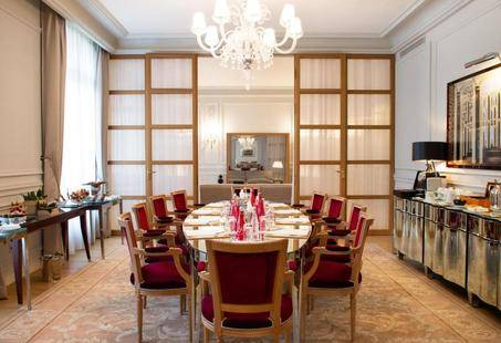 Le Royal Monceau Raffles Paris Hotel