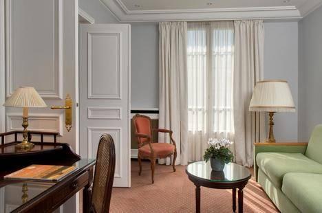 Le Littre Hotel