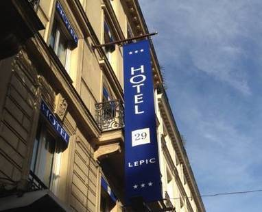 29 Lepic Hotel