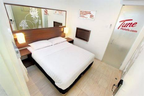Tune Hotel - Legian, Bali