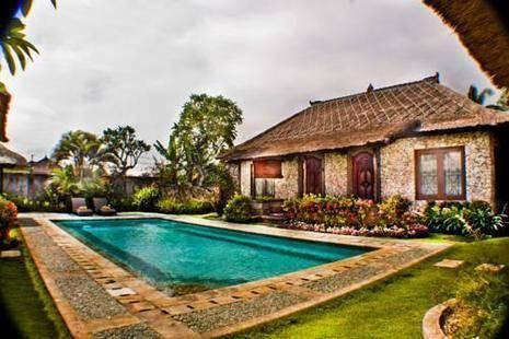 Villa Aya