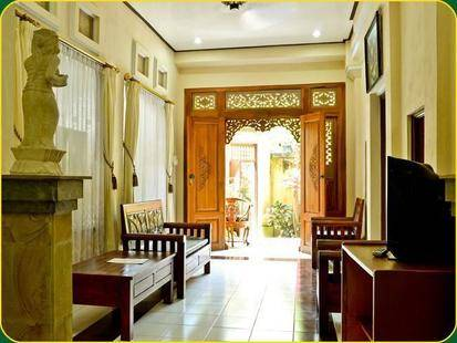 Hotel Jati And Home Stay