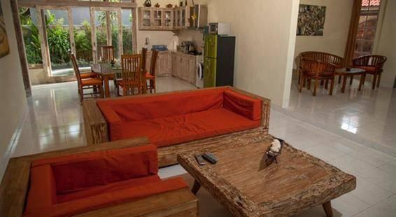 Rumah Frangipani
