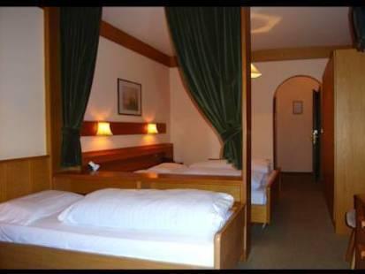 Olympia Hotel